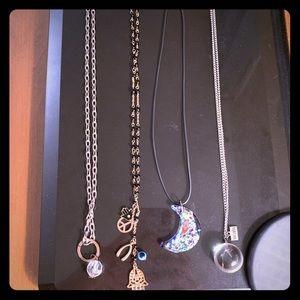 Jewelry - Necklace Bundle (4)